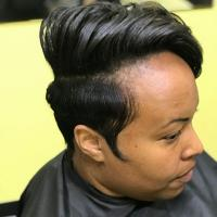Short hair styling session on natural hair in crown area and halo relxer