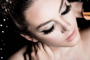 Specializing in eyelash extensions, haircuts and styles